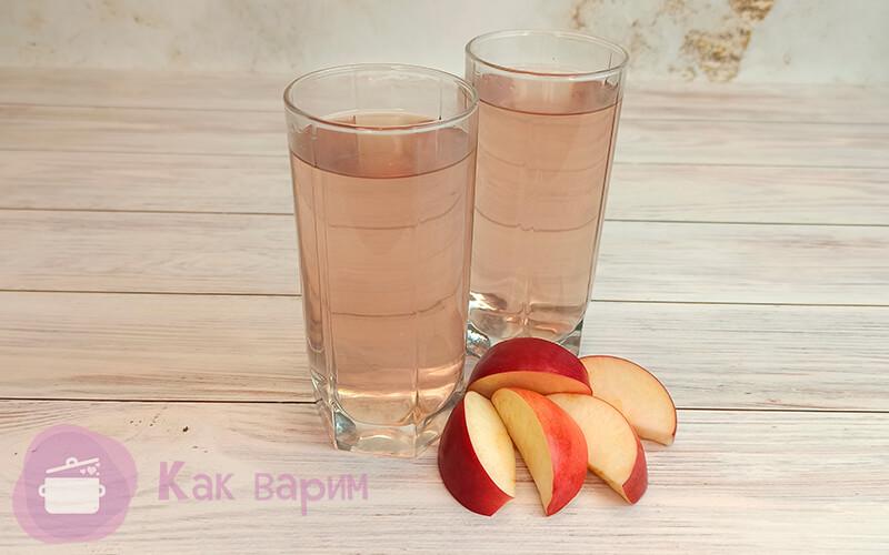 Сколько варится компот из свежих яблок