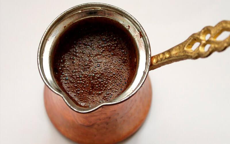 Фото6 Как варить кофе в турке пошагово