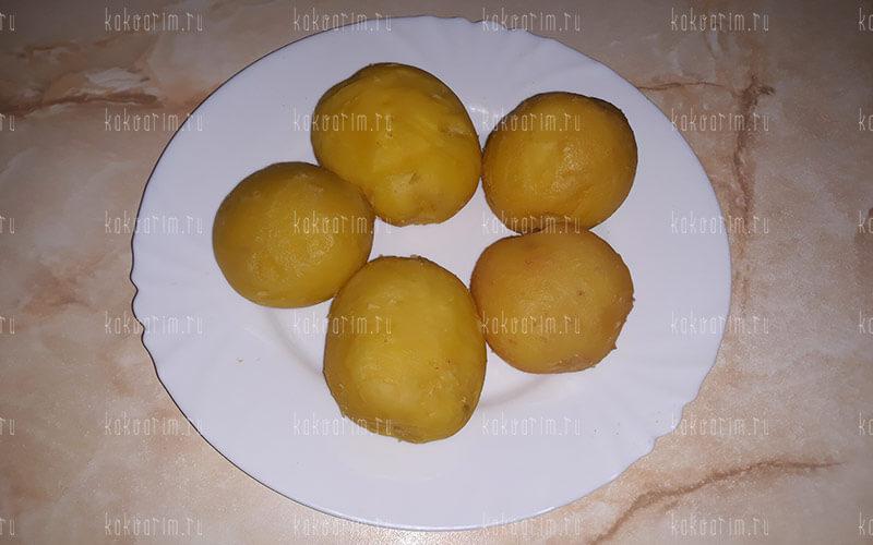 Фото 8 как варить картошку в мундире