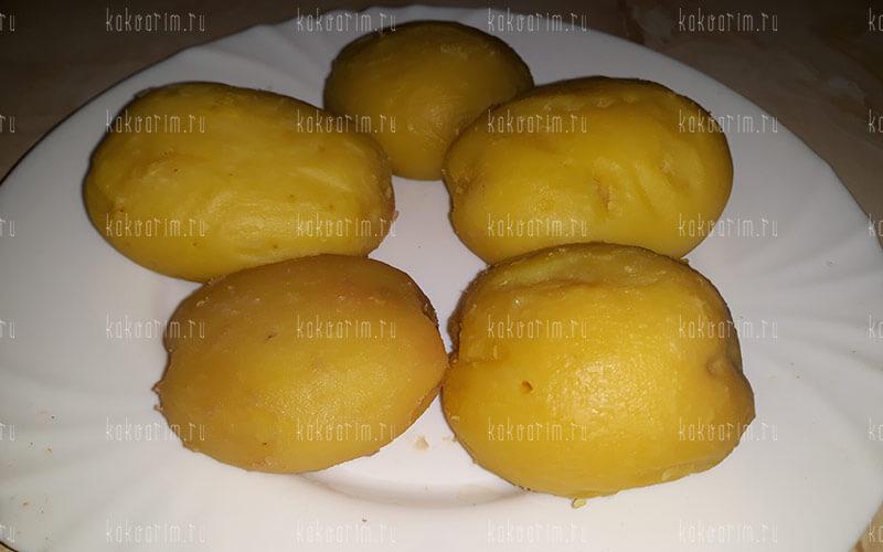 Фото 9 как варить картошку в мундире